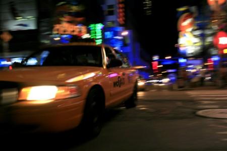 Taxi en Times Square | New York  _ © esmya-estudio 2008